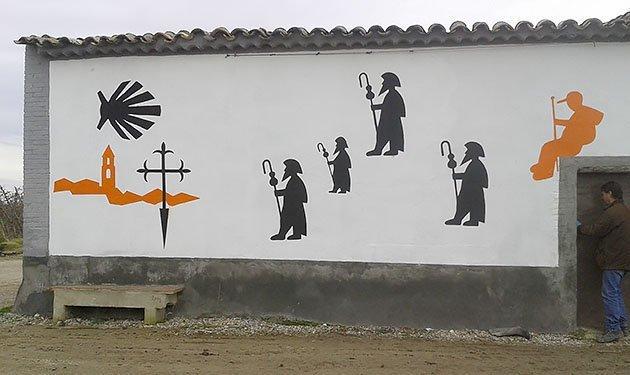 Mural que distingeix el Palau com a ruta del Camí Ignasià.